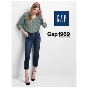 GAP Vintage High rise Crop Straight Jeans  * NWT